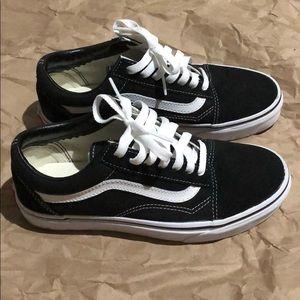 Vans Old Skool skate shoe US women's 6.5